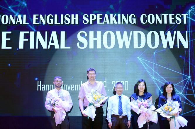 """Học sinh Quảng Ninh giành quán quân cuộc thi """"Hùng biện tiếng Anh Quốc gia 2020"""" - ảnh 5"""