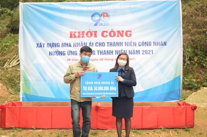 """Khởi công xây tặng """"Ngôi nhà 100 đồng"""" cho thanh niên Cao Bằng - ảnh 7"""
