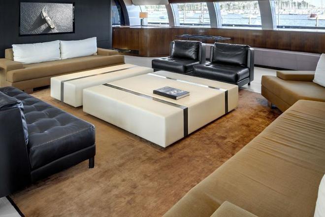Bỏ mặc Chelsea, Abramovich thư giãn trên du thuyền đắt nhất thế giới - ảnh 5