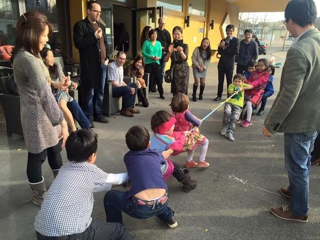 Người Việt xa xứ vui Tết, gây quỹ giúp trẻ em vùng cao - ảnh 7