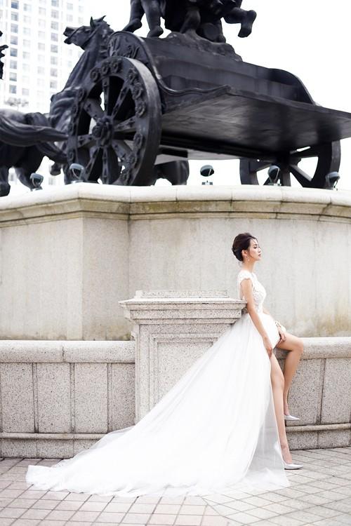 Vẻ đẹp mong manh của MC Quỳnh Chi khi hoá thành cô dâu - ảnh 9