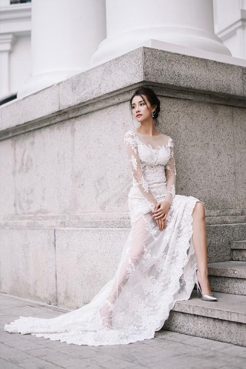 Vẻ đẹp mong manh của MC Quỳnh Chi khi hoá thành cô dâu - ảnh 2