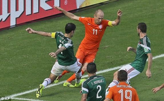 Hà Lan-Mexico (2-1): Ngược dòng siêu tưởng - ảnh 2