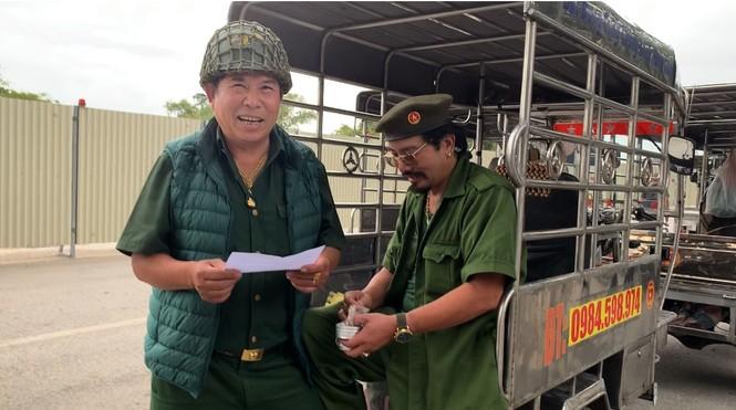 Hàng trăm thương binh xếp hàng mua vé cổ vũ trận Việt Nam - UAE - ảnh 6