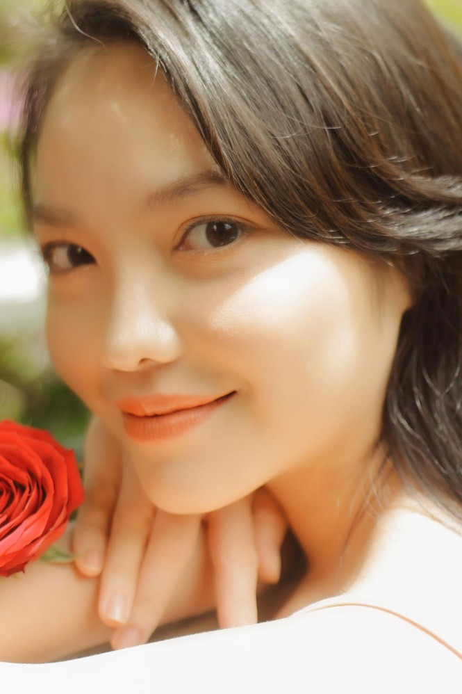 Hồng Kim Hạnh tung ảnh hững hờ, ngọt ngào quyến rũ - ảnh 9
