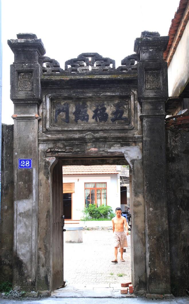 Ngôi nhà gỗ lim 300 tuổi vùng Kinh Bắc - ảnh 1