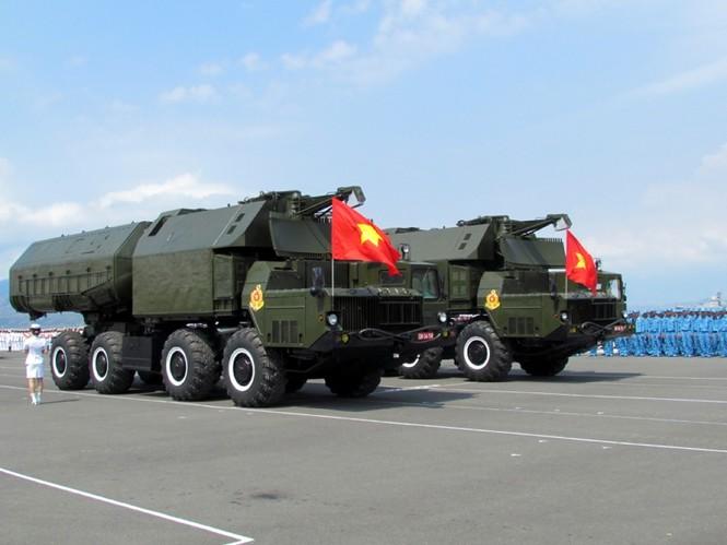[ẢNH] Dàn vũ khí tối tân của Hải quân Việt Nam duyệt đội hình - ảnh 8