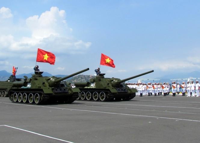 [ẢNH] Dàn vũ khí tối tân của Hải quân Việt Nam duyệt đội hình - ảnh 5