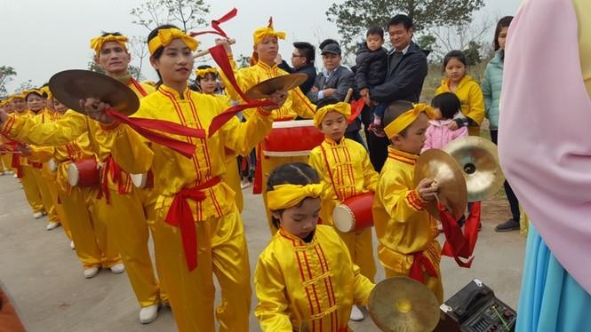 Hàng vạn người dự đám rước lễ hội Thủy tổ dân tộc - ảnh 9