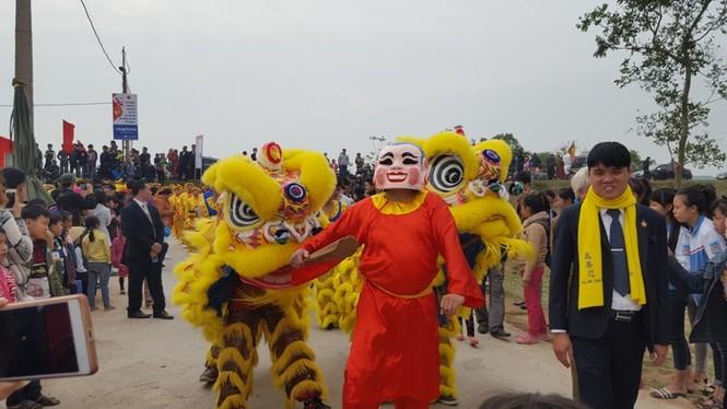 Hàng vạn người dự đám rước lễ hội Thủy tổ dân tộc - ảnh 13