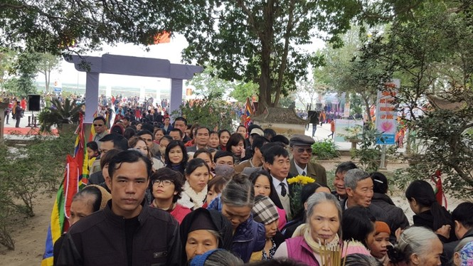 Hàng vạn người dự đám rước lễ hội Thủy tổ dân tộc - ảnh 4