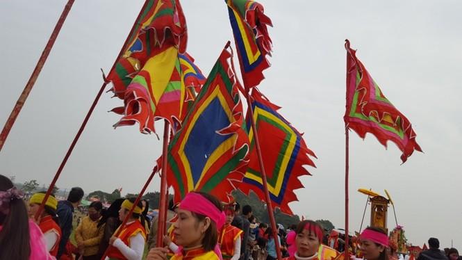 Hàng vạn người dự đám rước lễ hội Thủy tổ dân tộc - ảnh 5