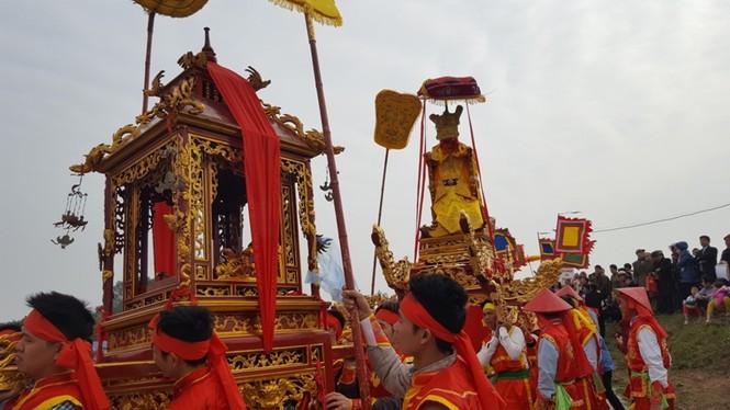 Hàng vạn người dự đám rước lễ hội Thủy tổ dân tộc - ảnh 6