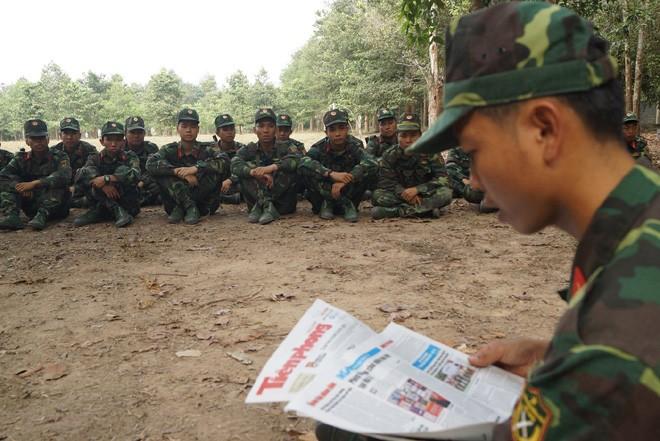 Tân binh Trung đoàn Gia Định trên thao trường đất thép Củ Chi - ảnh 9
