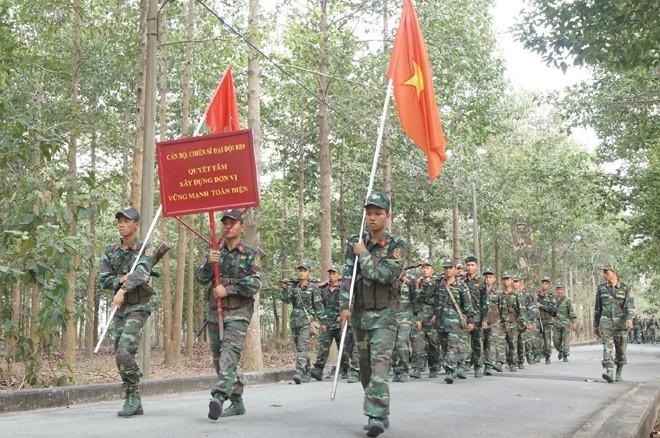Tân binh Trung đoàn Gia Định trên thao trường đất thép Củ Chi - ảnh 12