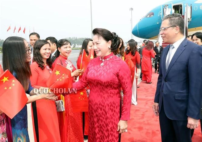 Chủ tịch Quốc hội Nguyễn Thị Kim Ngân đến thủ đô Bắc Kinh, Trung Quốc - ảnh 2