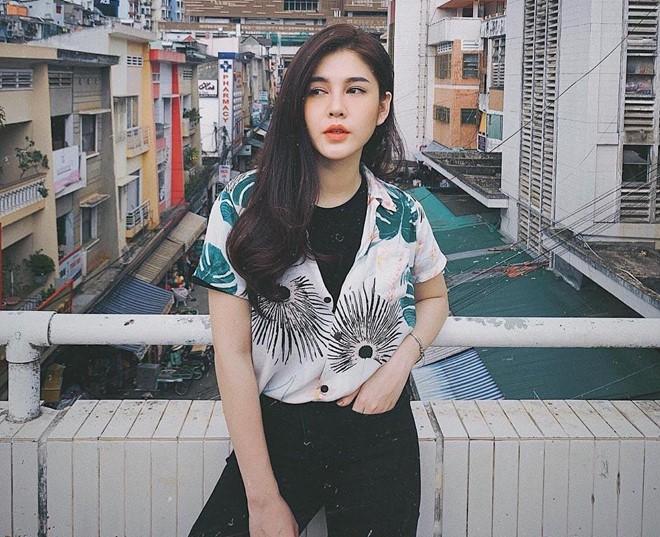 Dàn hot girl sinh năm 1990 theo 'tôn chỉ' yêu đời, quyến rũ - ảnh 2