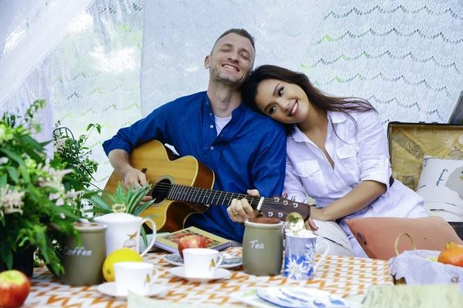 Ca sĩ Phương Vy bức xúc khi chồng bị ghép ảnh với vợ cố ca sĩ Vân Quang Long  - ảnh 2
