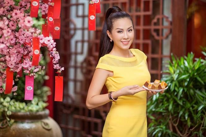 Hoa hậu Thu Hoài khoe tài làm bánh trung thu - ảnh 7