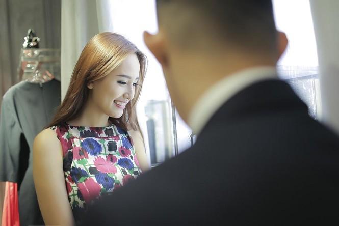 Mai Phương Thúy thử đồ hiệu Dior ở Singapore - ảnh 3