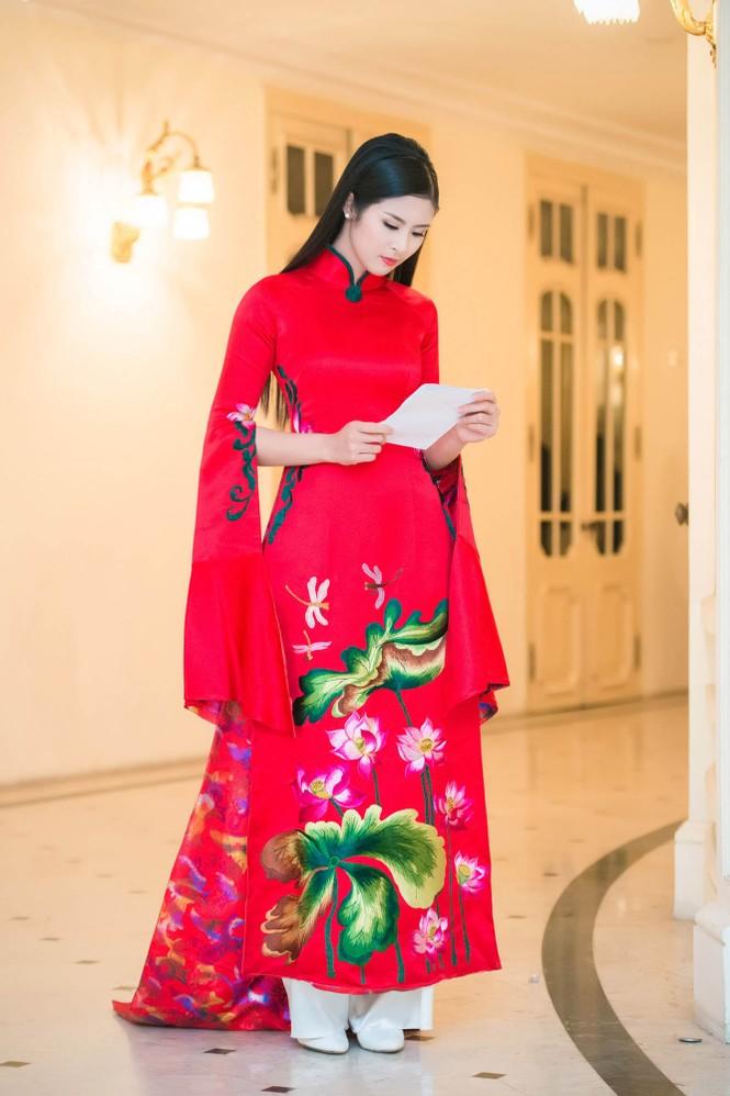 Hoa hậu Ngọc Hân hội ngộ Á hậu Huyền My tại Hà Nội - ảnh 4