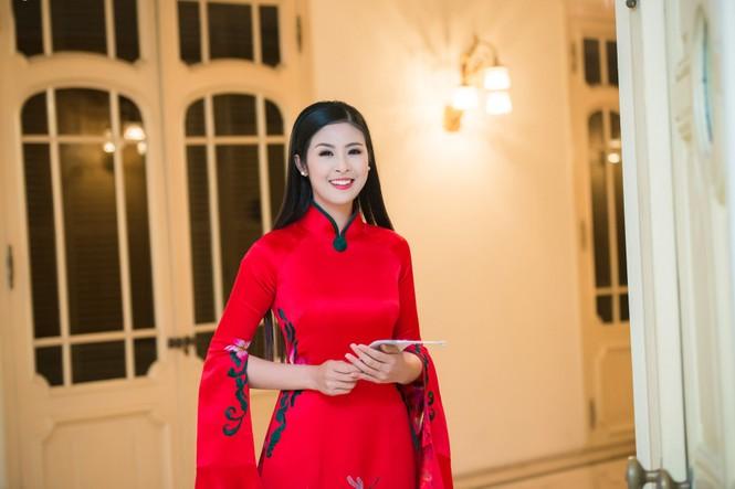 Hoa hậu Ngọc Hân hội ngộ Á hậu Huyền My tại Hà Nội - ảnh 5