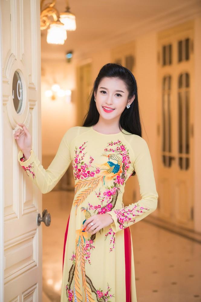 Hoa hậu Ngọc Hân hội ngộ Á hậu Huyền My tại Hà Nội - ảnh 8