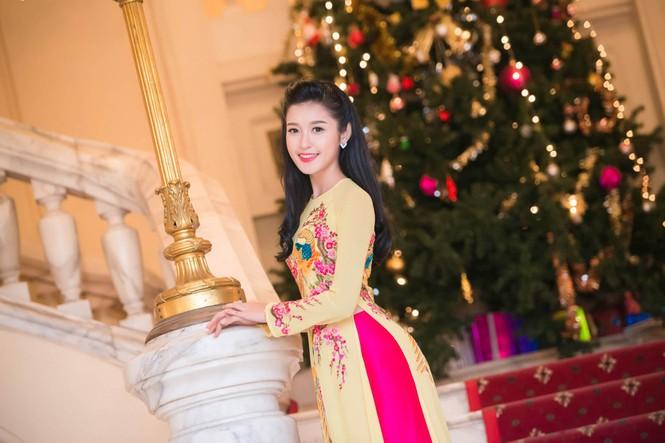 Hoa hậu Ngọc Hân hội ngộ Á hậu Huyền My tại Hà Nội - ảnh 11