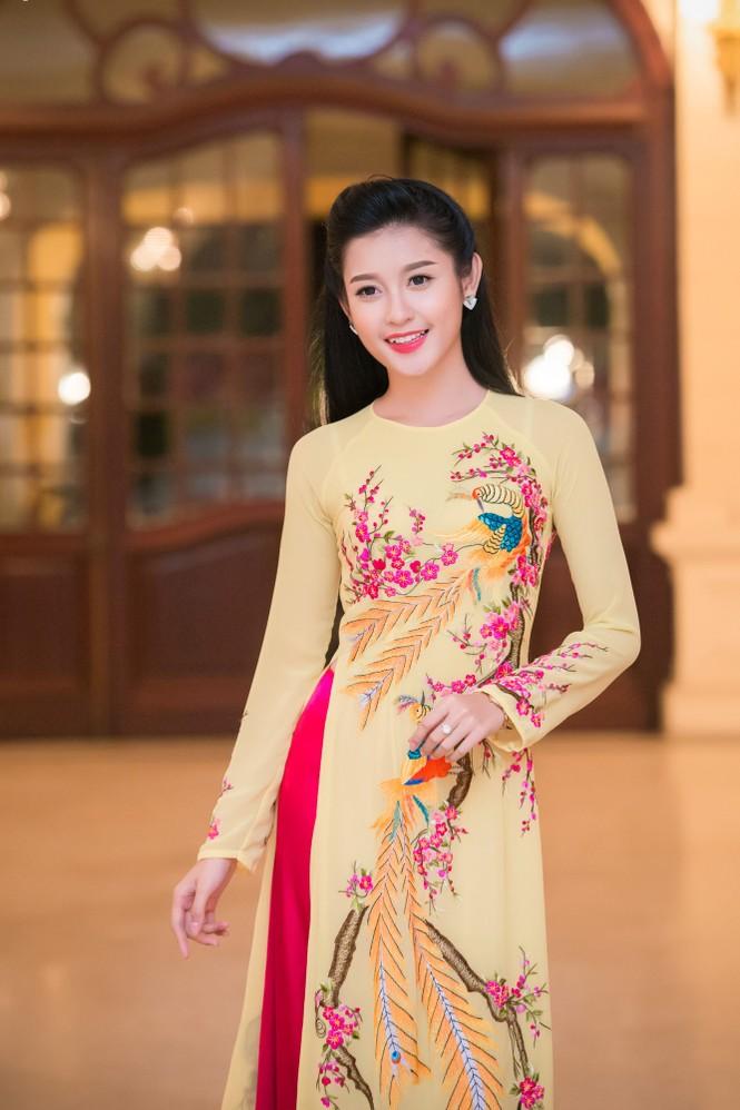 Hoa hậu Ngọc Hân hội ngộ Á hậu Huyền My tại Hà Nội - ảnh 10