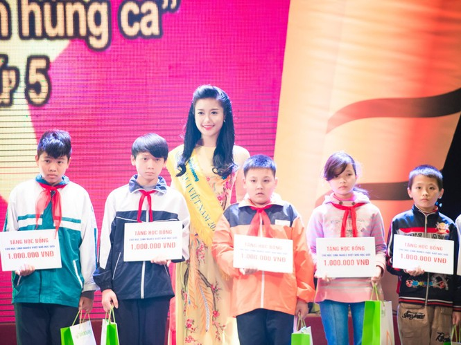 Hoa hậu Ngọc Hân hội ngộ Á hậu Huyền My tại Hà Nội - ảnh 12