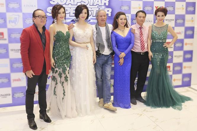 Hoa hậu Giáng My tự tin song ca cùng ca sĩ Ngọc Anh - ảnh 7