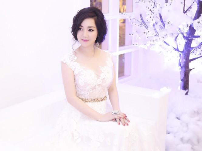 Hoa hậu Giáng My tự tin song ca cùng ca sĩ Ngọc Anh - ảnh 4
