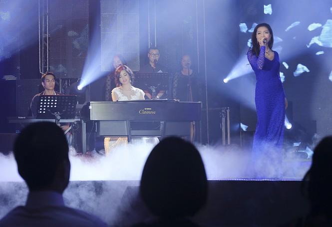 Hoa hậu Giáng My tự tin song ca cùng ca sĩ Ngọc Anh - ảnh 8