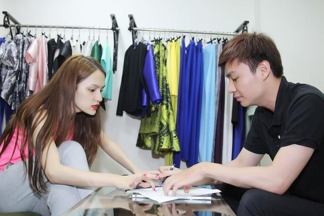 Hương Giang Idol chi trăm triệu cho trang phục biểu diễn - ảnh 1