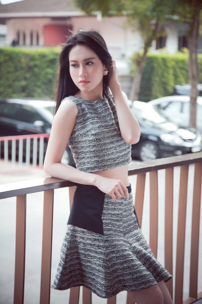 Hoa hậu Đông Nam Á Triều Thu khoe eo thon quyến rũ - ảnh 3