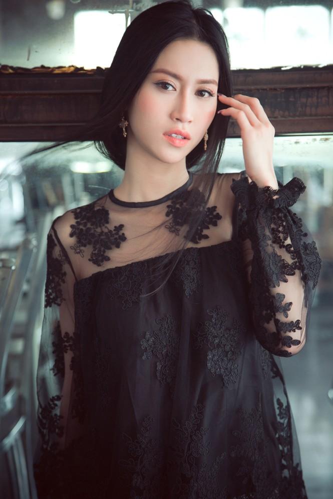 Hoa hậu Đông Nam Á Triều Thu khoe eo thon quyến rũ - ảnh 7
