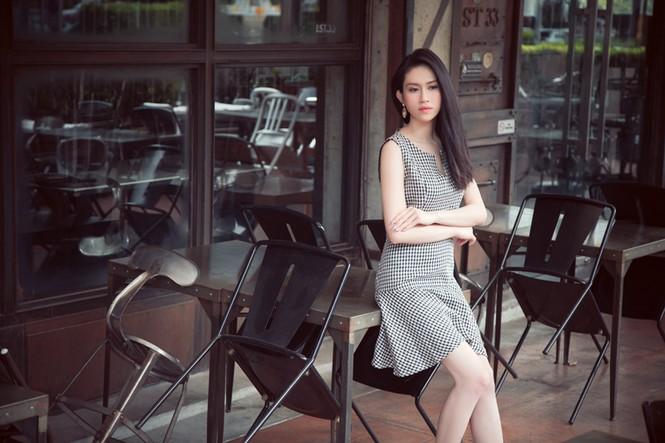 Hoa hậu Đông Nam Á Triều Thu khoe eo thon quyến rũ - ảnh 4