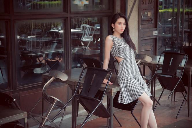 Hoa hậu Đông Nam Á Triều Thu khoe eo thon quyến rũ - ảnh 5