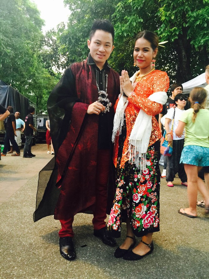 Tùng Dương 'lên đồng' cùng Trần Mạnh Tuấn ở Thái Lan - ảnh 4