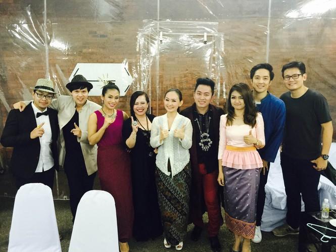 Tùng Dương 'lên đồng' cùng Trần Mạnh Tuấn ở Thái Lan - ảnh 5