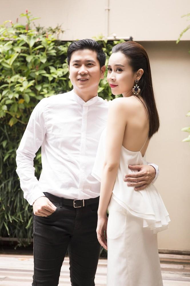 Lưu Hương Giang khoe lưng trần sexy bên Hồ Hoài Anh - ảnh 9