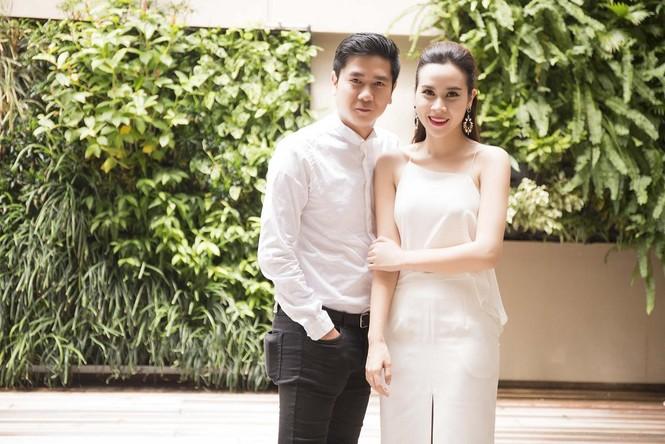 Lưu Hương Giang khoe lưng trần sexy bên Hồ Hoài Anh - ảnh 8