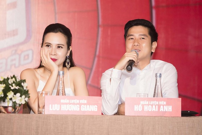 Lưu Hương Giang khoe lưng trần sexy bên Hồ Hoài Anh - ảnh 10