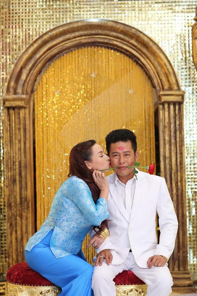 """Phi Nhung: """"Tôi không còn nghĩ tới chuyện kết hôn"""" - ảnh 4"""