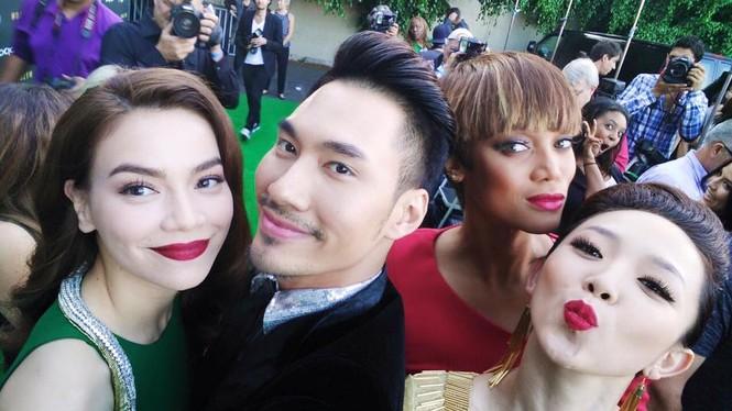 Tóc Tiên, Hà Hồ 'tự sướng' cùng Tyra Banks ở Mỹ - ảnh 10