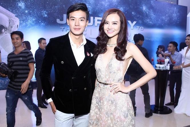 Hương Tràm quyến rũ 'lấn át' Trương Quỳnh Anh - ảnh 12