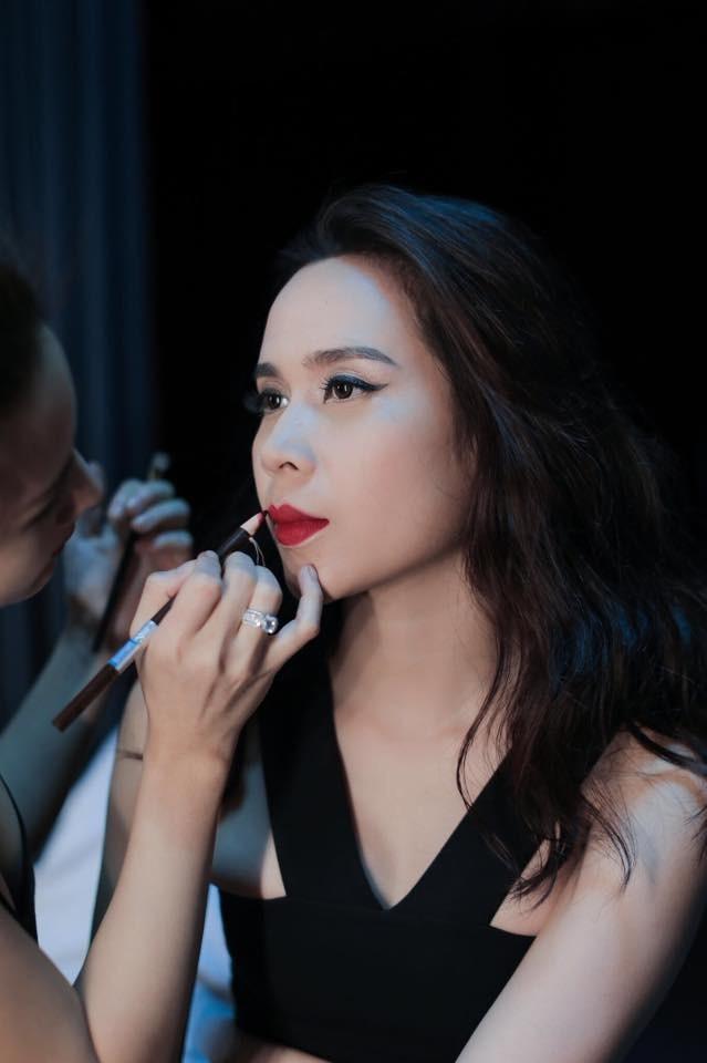 Lưu Hương Giang xin phép chồng trước khi hở bạo - ảnh 6