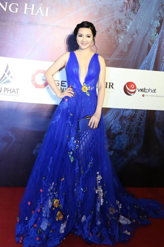 Dàn Hoa hậu, Á hậu lộng lẫy trên thảm đỏ thời trang - ảnh 12
