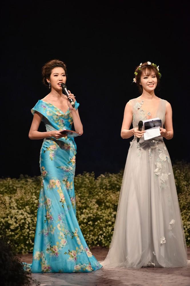 Dàn Hoa hậu, Á hậu lộng lẫy trên thảm đỏ thời trang - ảnh 9