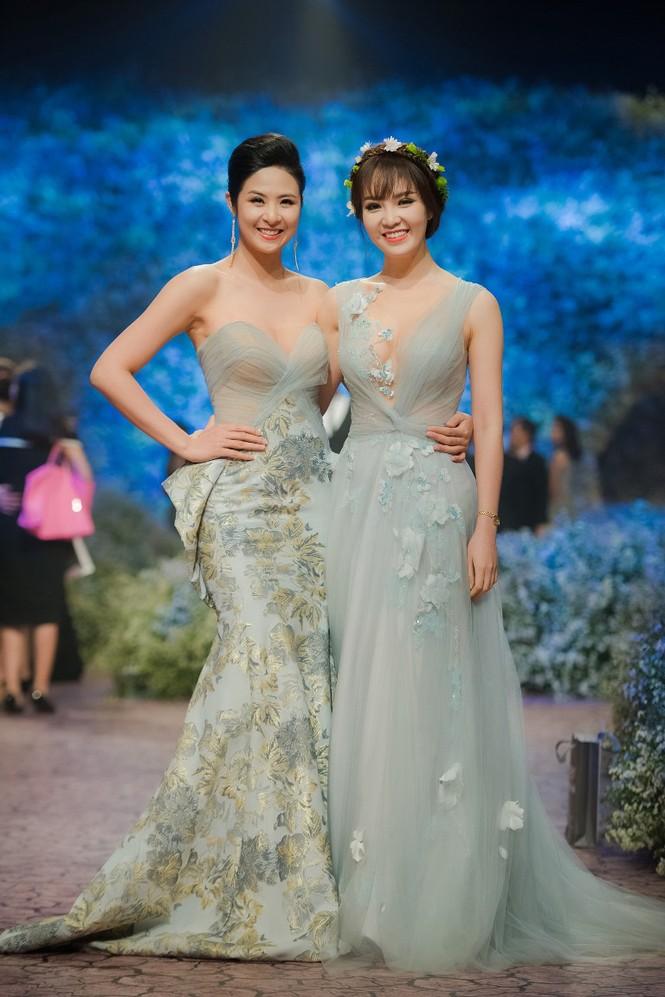 Dàn Hoa hậu, Á hậu lộng lẫy trên thảm đỏ thời trang - ảnh 7